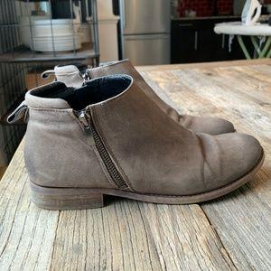 Franco Sarto Keegan Flat Ankle Boots Grey